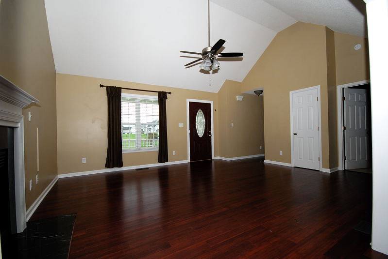 Goldsboro NC - Homes for Rent - 103 Starcrest Drive Pikeville NC 27863 - Family Room