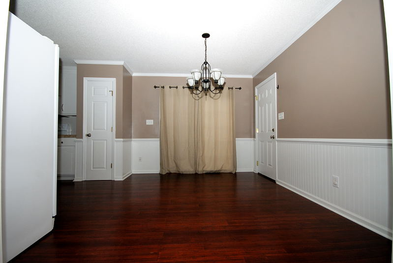 Goldsboro NC - Homes for Rent - 103 Starcrest Drive Pikeville NC 27863 - Dining Area