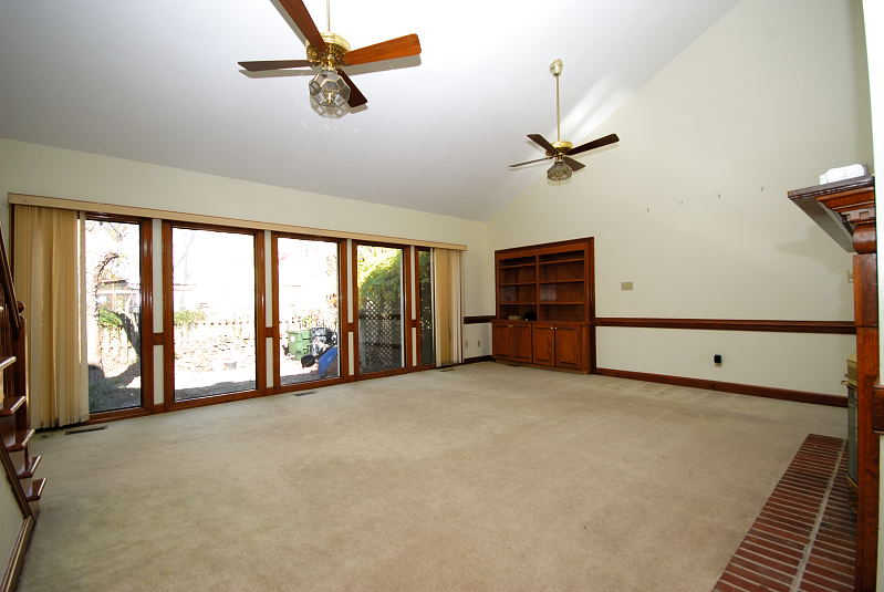 Goldsboro NC - Homes for Rent - 104 North Marion Drive Goldsboro NC 27534 - Family Room
