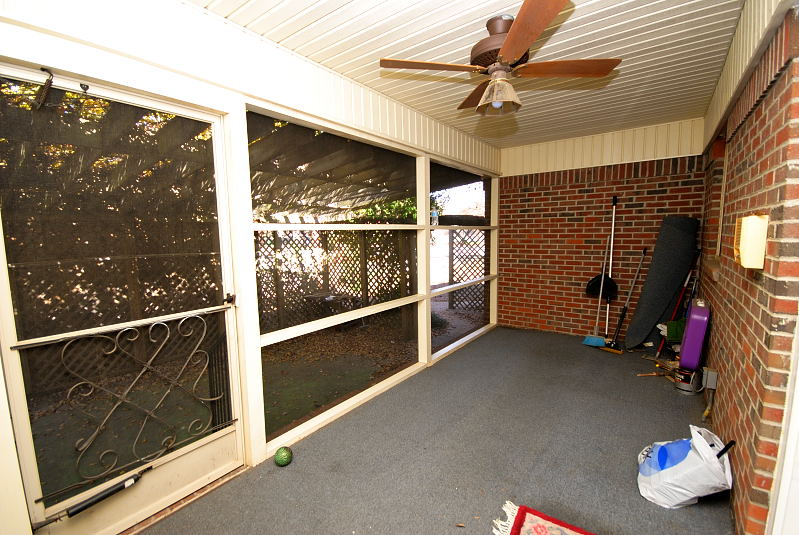 Goldsboro NC - Homes for Rent - 104 North Marion Drive Goldsboro NC 27534 - Screened Porch