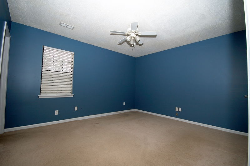Goldsboro NC - Homes for Rent - Master Bedroom - 107 Sparrow Court Pikeville NC 27863