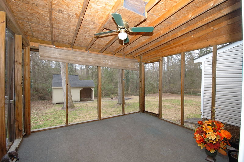 Goldsboro NC - Homes for Rent - Screened Porch - 107 Sparrow Court Pikeville NC 27863