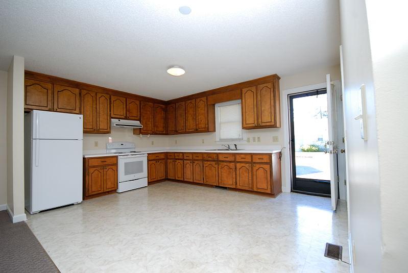 goldsboro nc home for rent 201 north goldsboro street pikeville nc 27863. Black Bedroom Furniture Sets. Home Design Ideas