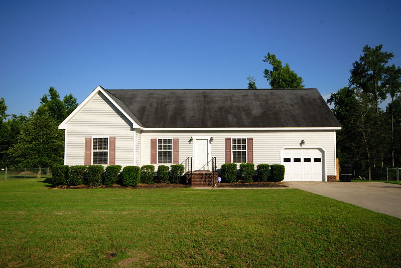 Goldsboro nc homes apartments for rent rental houses for Home builders in goldsboro nc