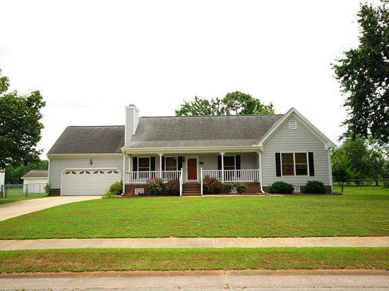 Goldsboro NC - Home for Rent - 220 Ryan Way Goldsboro, NC 27530