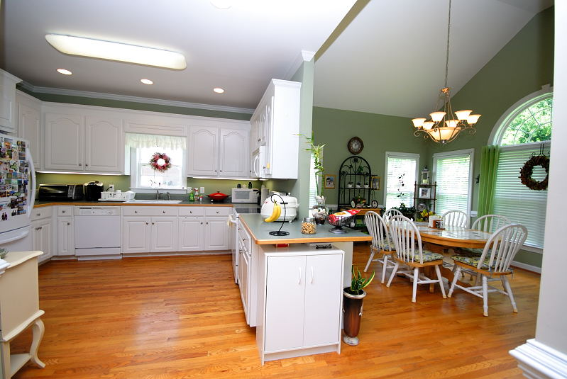 Goldsboro NC - Homes for Rent - Kitchen Dining Area - 2201 Granville Drive Goldsboro NC 27530