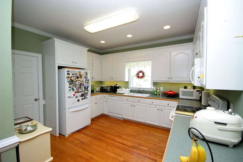 Goldsboro NC - Homes for Rent - Kitchen - Dining Area - 2201 Granville Drive Goldsboro NC 27530