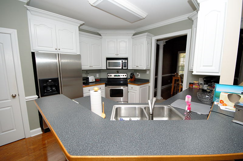 Goldsboro NC - Homes for Rent - Breakfast Room - 416 Morgan Trace Ln. Goldsboro, NC 27530
