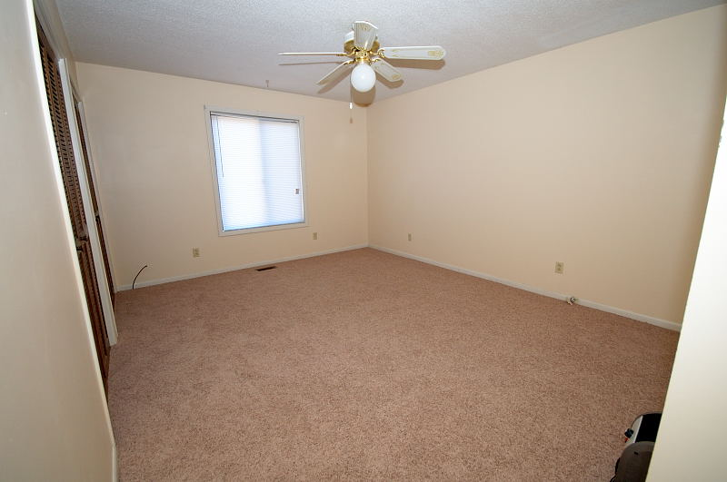 Goldsboro NC - Homes for Rent - Master Bath 1 - 315 Spring Creek Rd. Goldsboro NC 27534